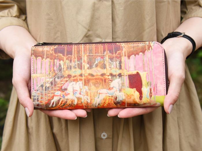 L型マチ付き L字ファスナー 長財布◆アートヌメレザー メリーゴーランド