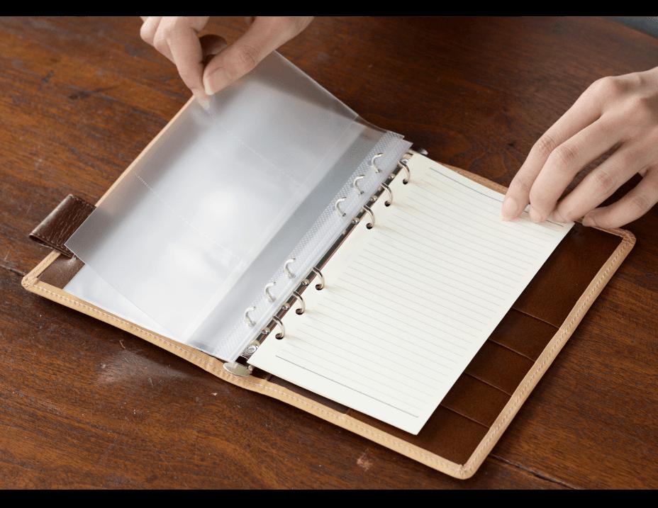 手帳_名刺ファイルやトラベラーズノート