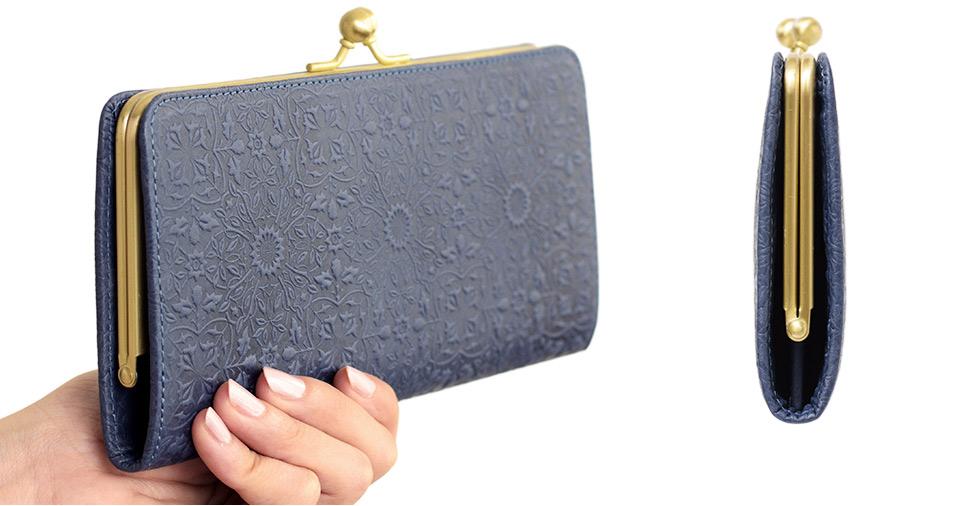 モリス スリムガマグチ長財布 手に持った時のサイズイメージと、側面からの外観