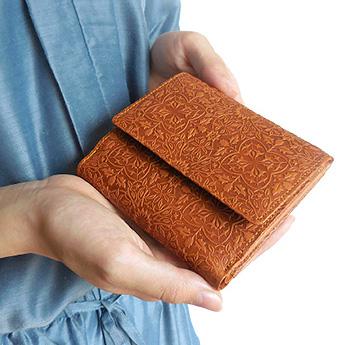 モリス BOX付き二つ折り財布<キャメル>