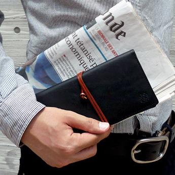 オイルドベリー 長財布<ブラック>