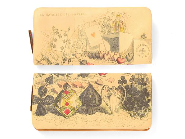 一枚革にデザインを施しているため、お財布を開いたときに1枚の絵画となります。