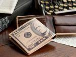 アレクサンダー・ハミルトンの肖像画をデザインした、旧アメリカの10ドル紙幣。
