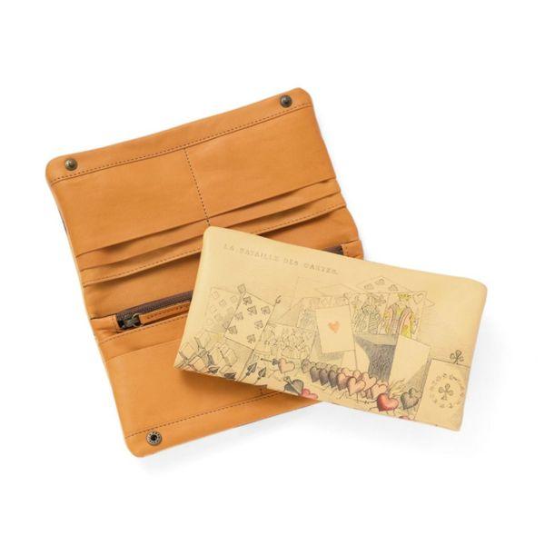 長財布「トランプ」の白抜き写真です。