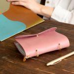 イタリアンレザーシリーズ 裏紙メモカバーMサイズ(ピンク)